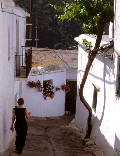 Gasse in ein Stadt in Andalusien